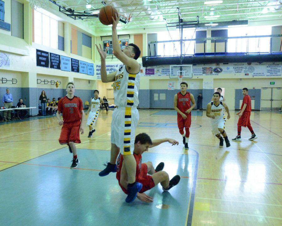 sports-bball-hawks_regionals-20160311-5247