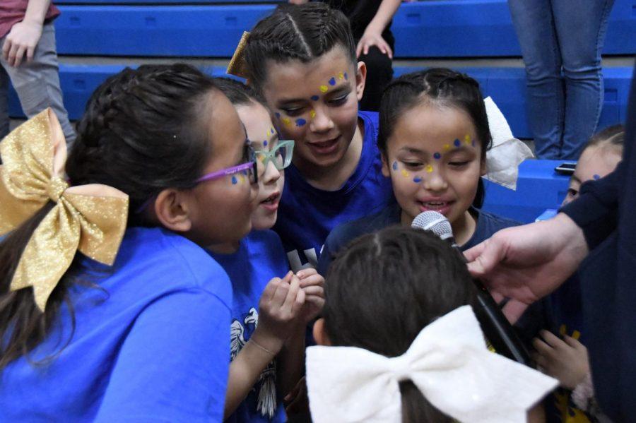 sports-cheer-20191004-2746